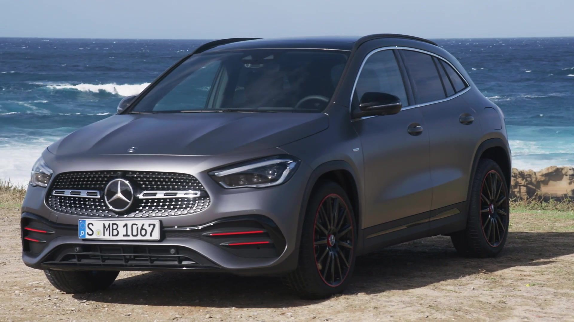 The new Mercedes-Benz GLA Edition Exterior Design