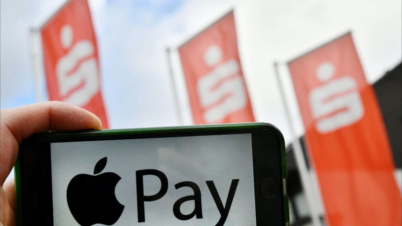 Sparkasse mit riesiger Umstellung: Ab sofort Apple Pay für alle Girocard-Kunden