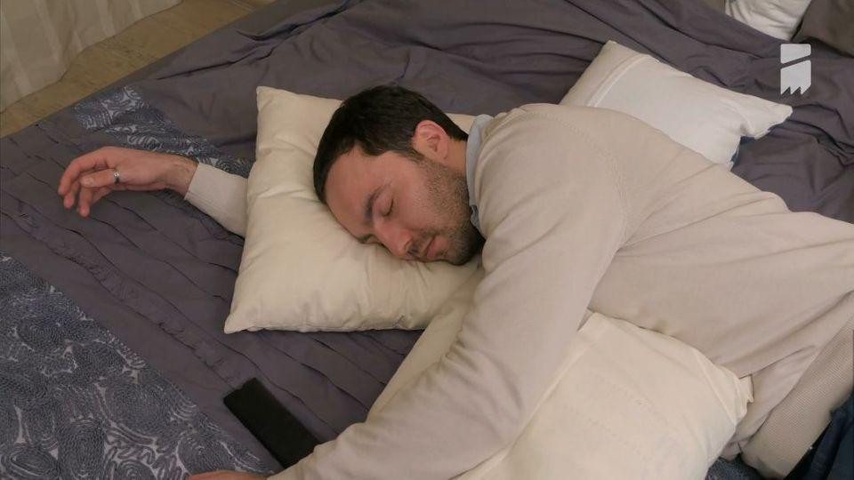 Wenn Schlaflosigkeit zur Krankheit wird: Auf diese Alarmsignale achten