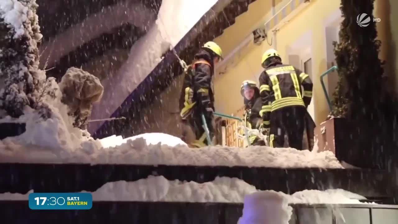 Massig Schnee auf den Dächern: Das müssen Hausbesitzer wissen